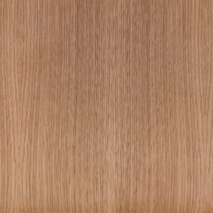 Blank gelakt eikenhout